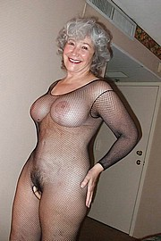 granny-big-boobs355.jpg