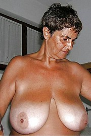 granny-big-boobs347.jpg