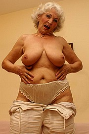 granny-big-boobs342.jpg