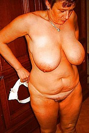 granny-big-boobs373.jpg