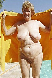 granny-big-boobs376.jpg