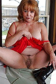 granny-big-boobs379.jpg