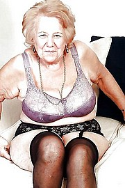 granny-big-boobs380.jpg