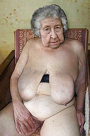 granny-big-boobs406.jpg