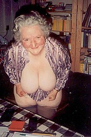 granny-big-boobs427.jpg