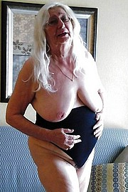 granny-big-boobs435.jpg