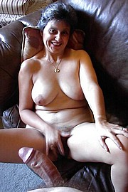 granny-big-boobs444.jpg