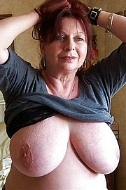 granny-big-boobs446.jpg