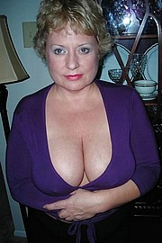 granny-big-boobs441.jpg