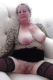 granny-big-boobs496.jpg