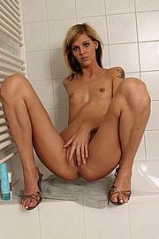 ilona_bathroom83.jpg