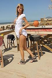 ilona_beach12.jpg