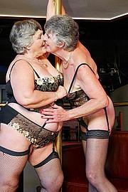 scene3-grannies-gg-005.jpg
