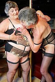 scene3-grannies-gg-007.jpg