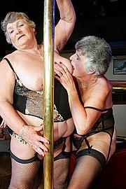 scene3-grannies-gg-020.jpg