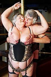 scene3-grannies-gg-023.jpg