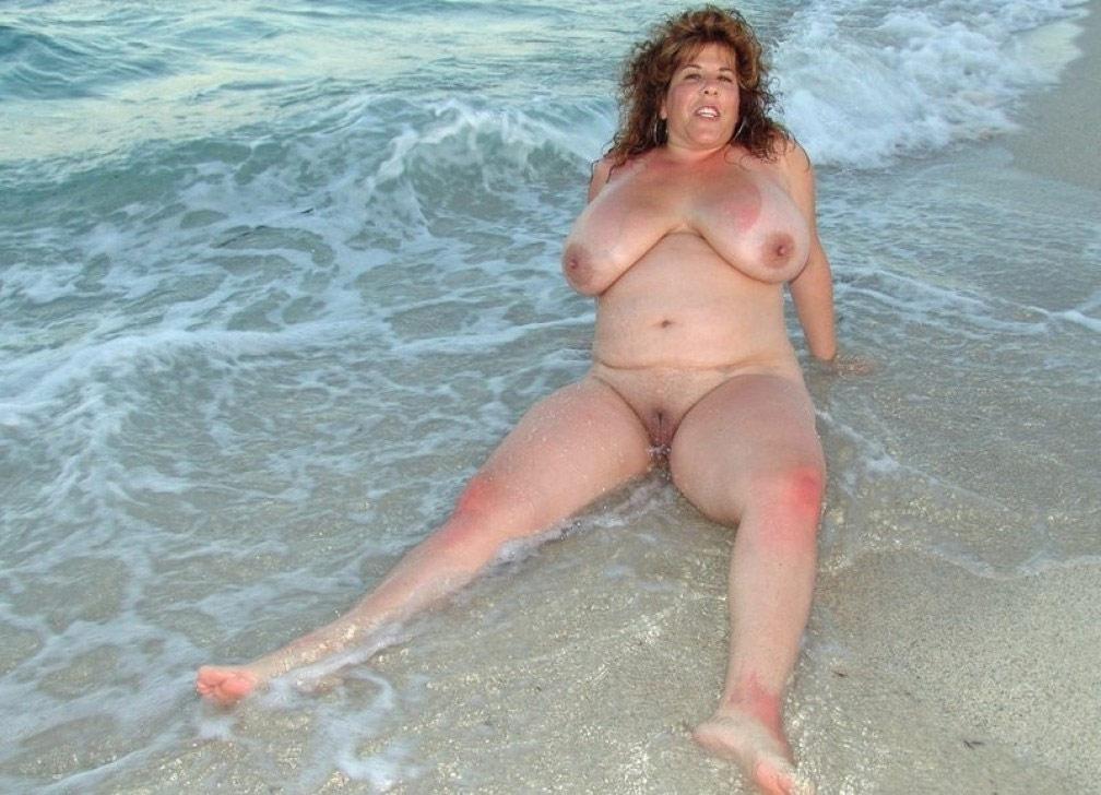 голые бабы толстые на пляже