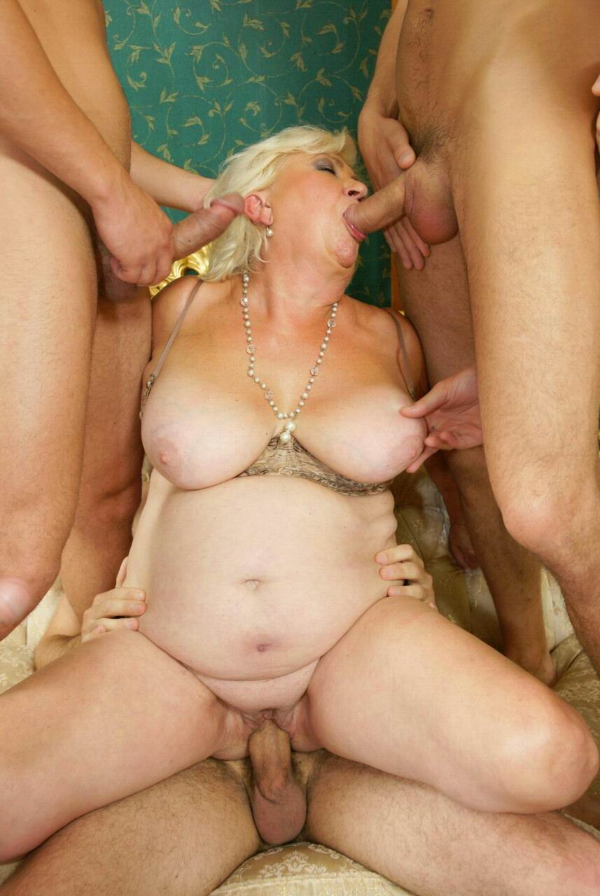 porno-mature-gang-bang