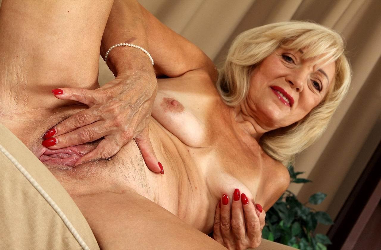 Порно старушек 65 лет