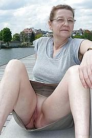grannyporn73.jpg