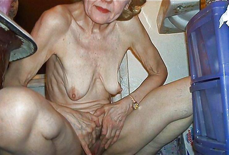 Бабушки старые интим фото