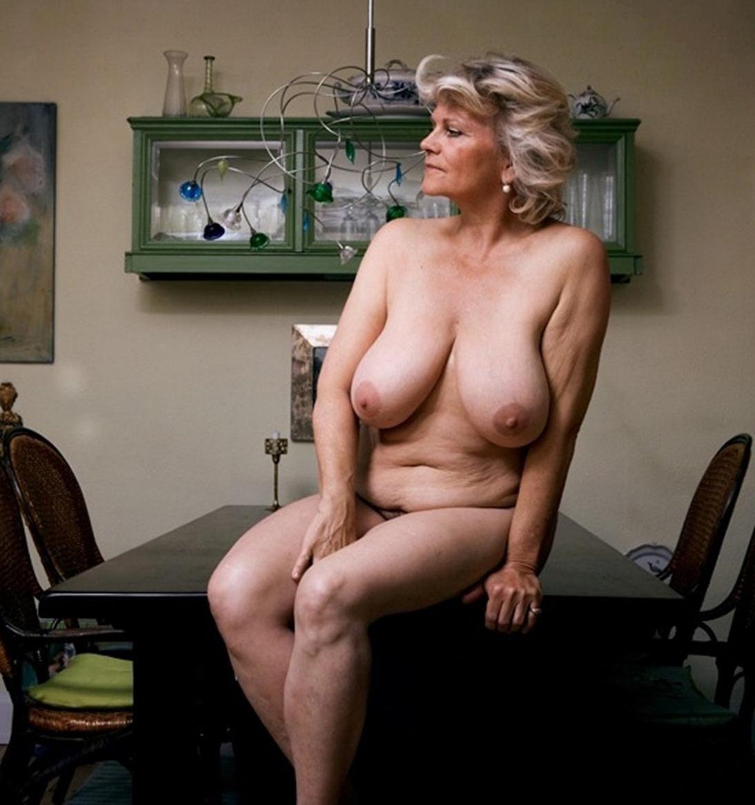 Голые Зрелые Старые Женщины