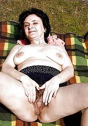 sexy-grannies14.jpg