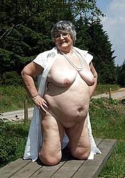 horny-grannies21.jpg