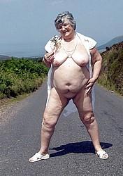 horny-grannies24.jpg