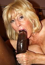 horny-grannies29.jpg