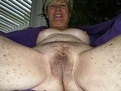 horny-grannies110.jpg