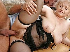 horny-grannies129.jpg