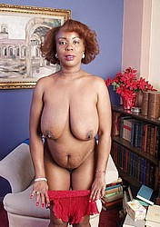 oldblackwoman172.jpg