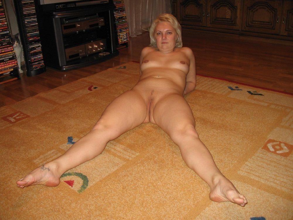 голые жены за 40 фото