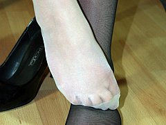 #1 Amateur Feet&Legs Video Sample