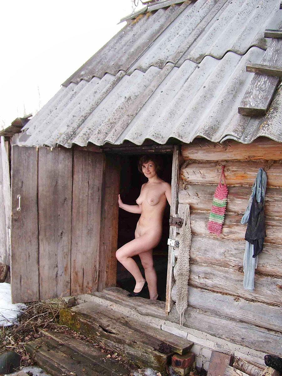 Русская баня сбабами этом