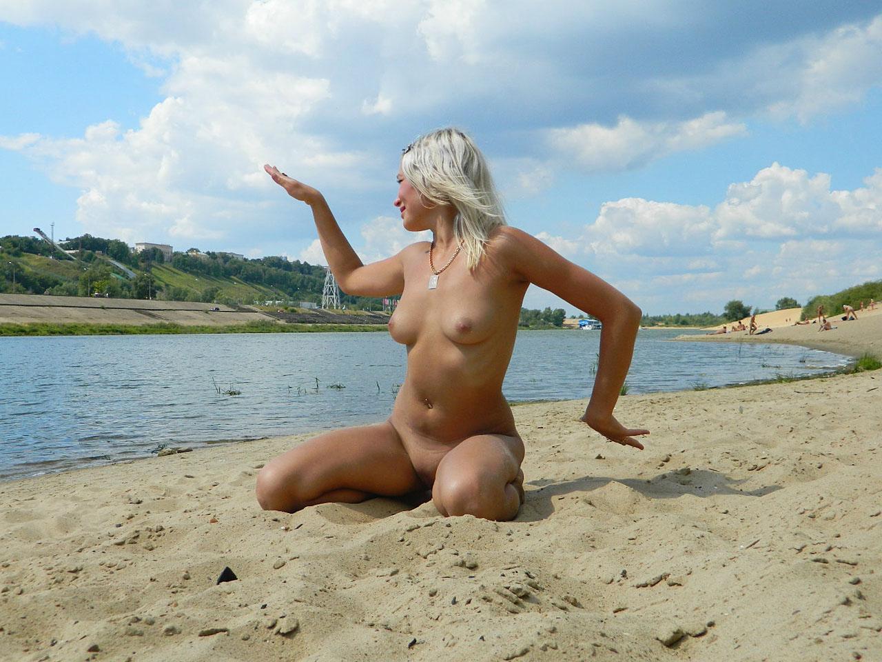 Голые пляжи тамани фото видео