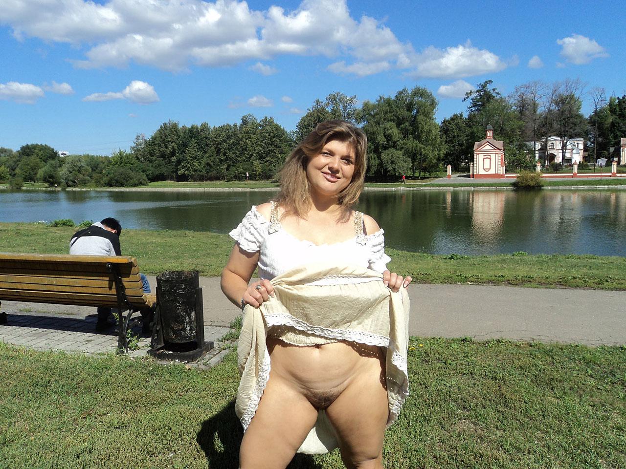 вырывает фото голые женщины без комплексов фотогалерея домашнего секса