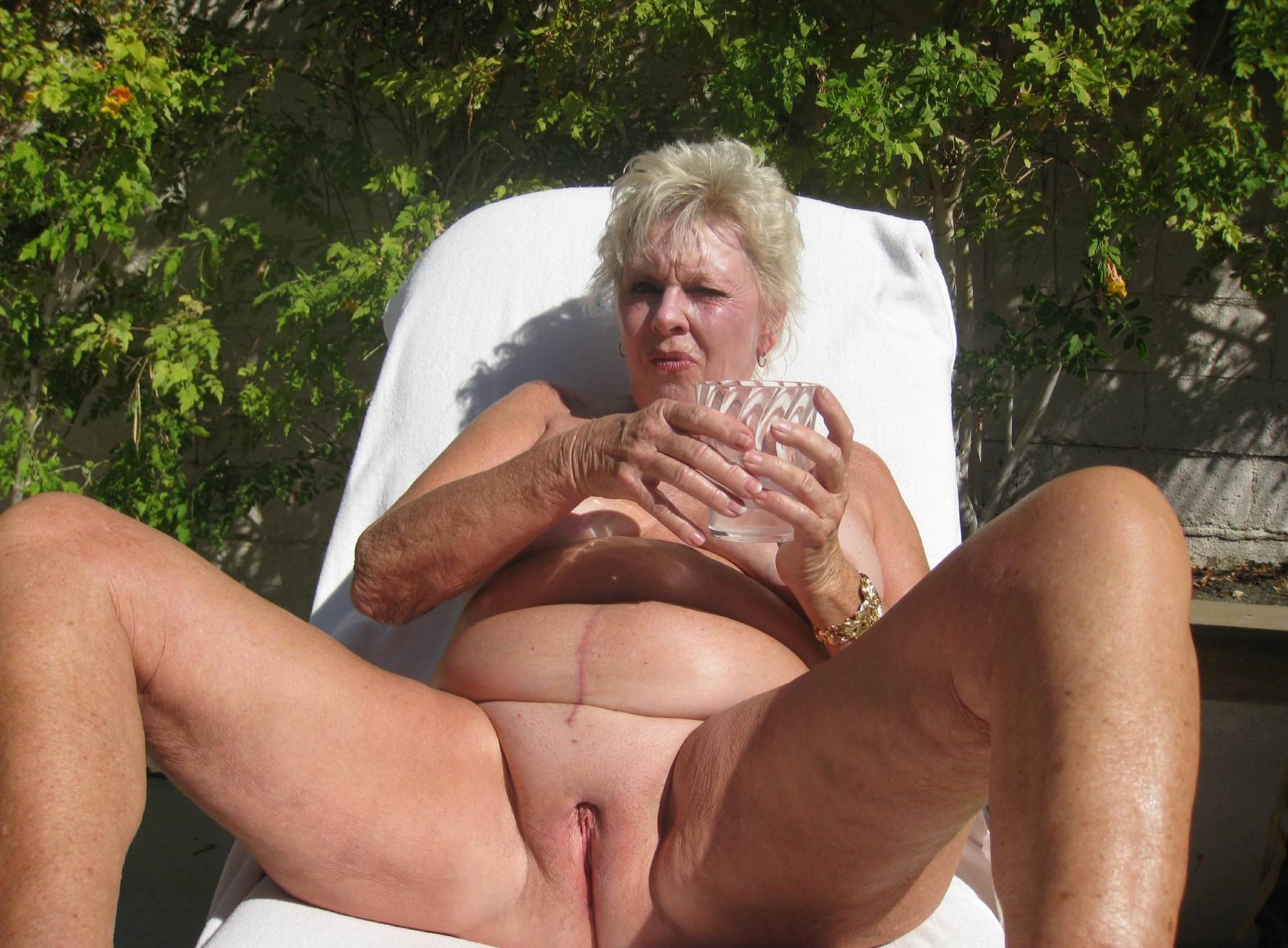 Фото пожилих дaм, Голые зрелые женщины частные секс фото 12 фотография