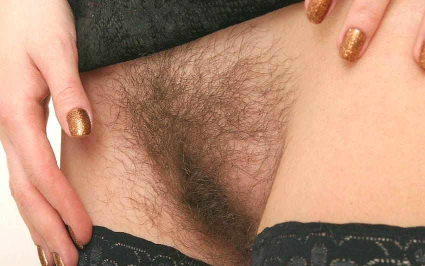 видно волосы между ног у женщины фото высоком разрешении