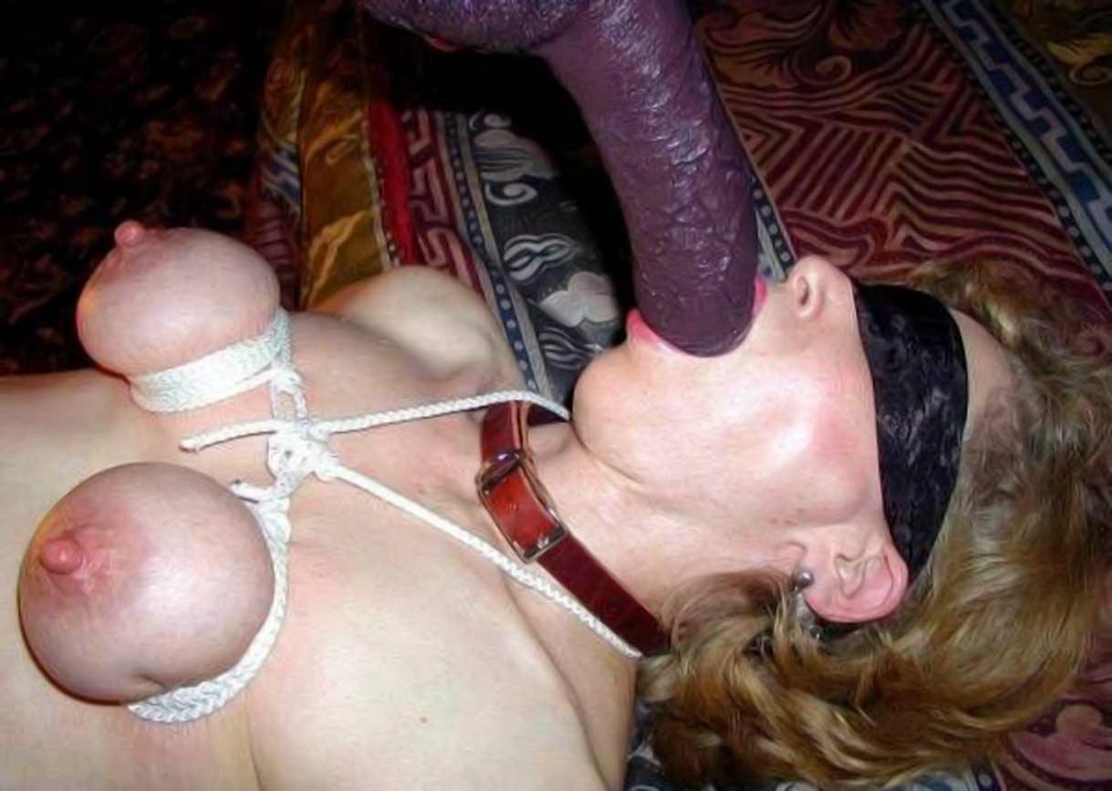 Дойки теща извращенка мастурбирует а зять увидел