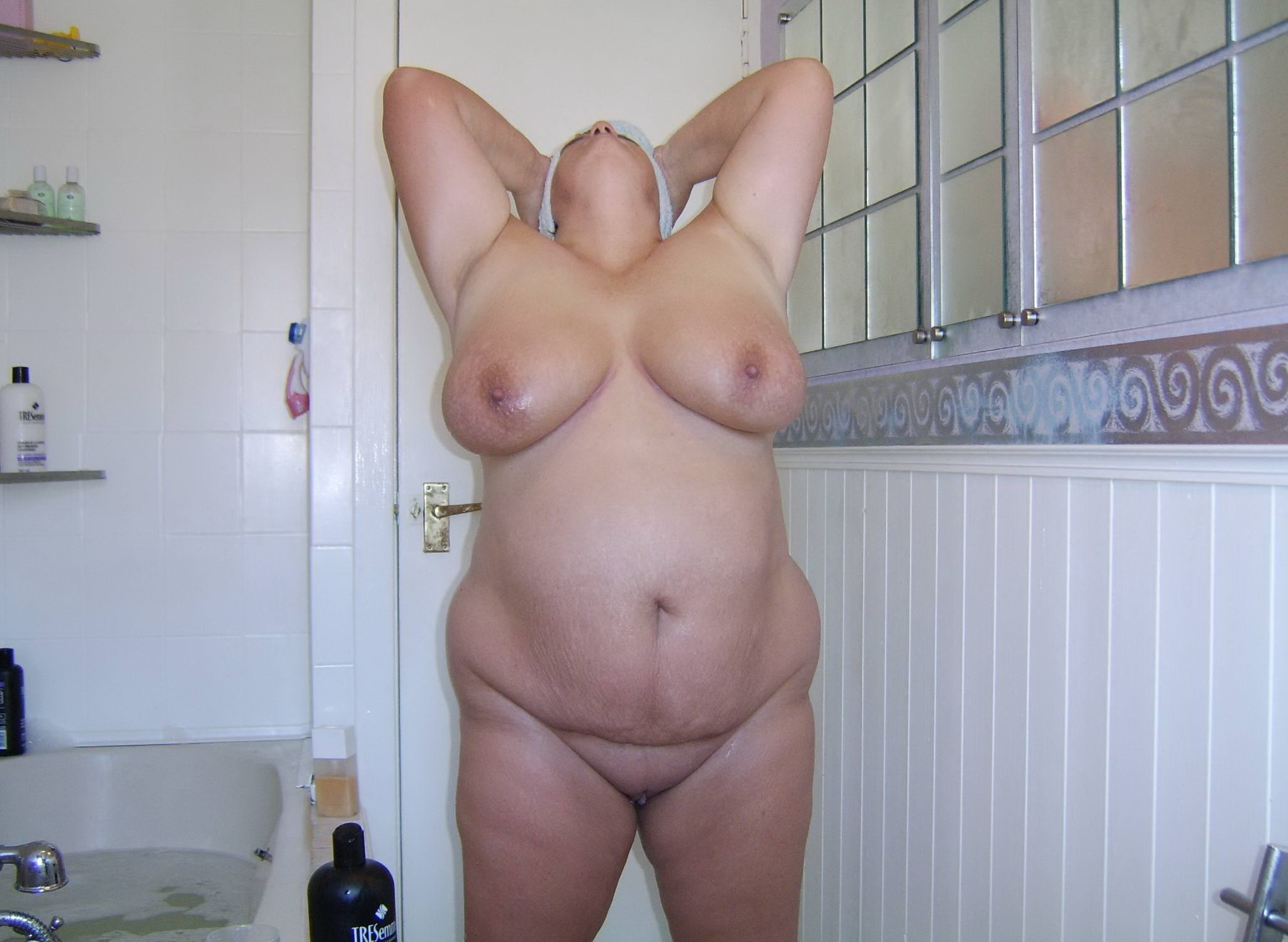 Фото полненьких голых женщин бесплатно, Порно фото с полными дамами 11 фотография