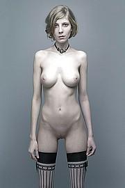 titless-skinny-girls02.jpg