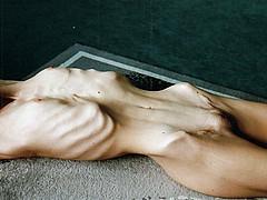 skinny-butts14.jpg