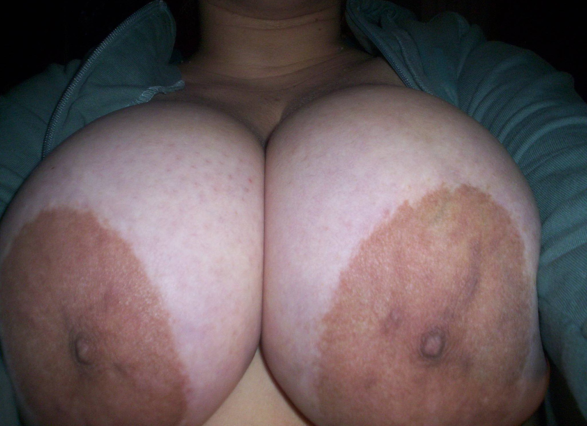 Фото ореолы женской груди, Фото больших сосков красивых девушек и взрослых дам 8 фотография