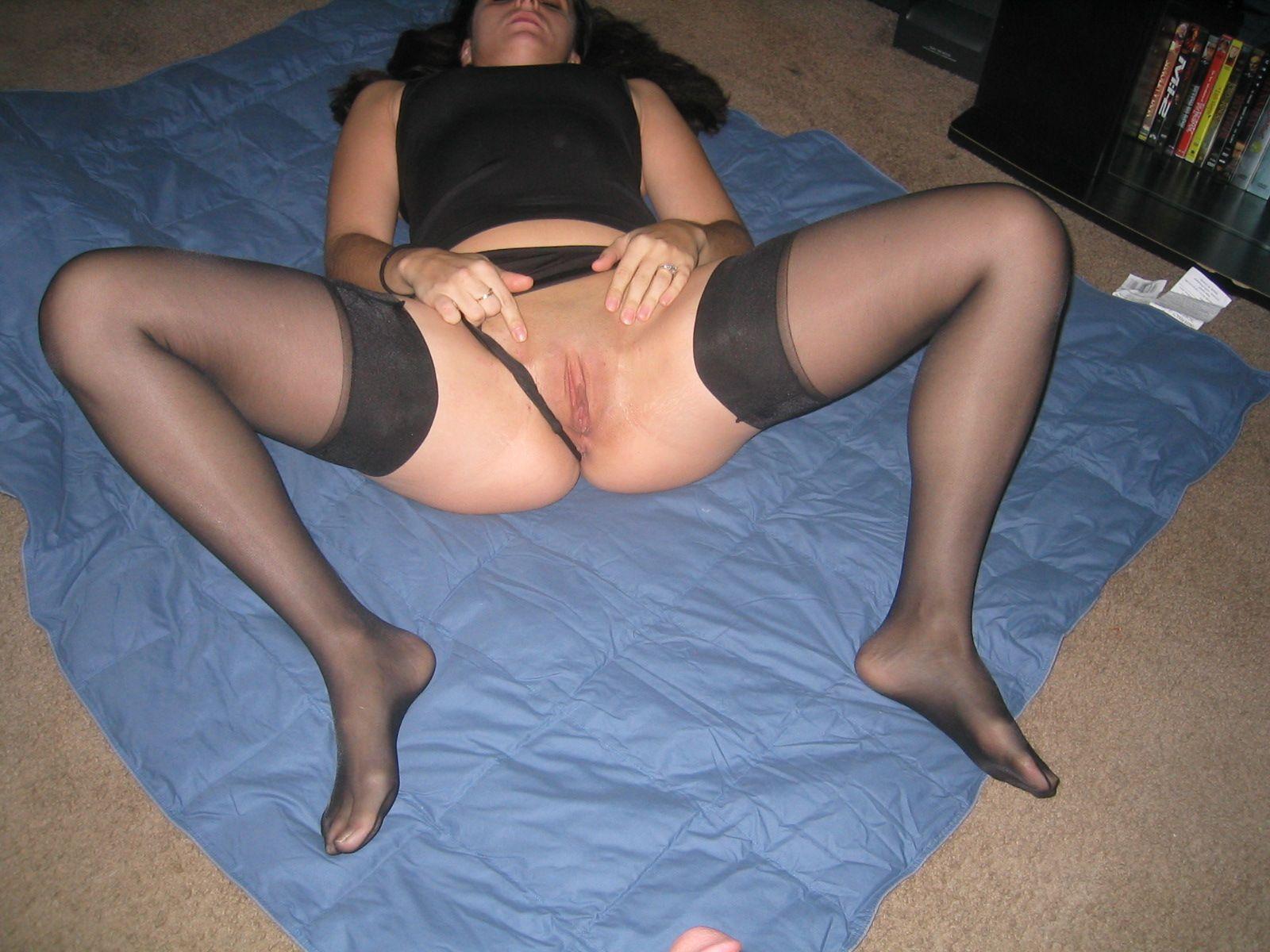 Фото жены у нее между ног, Эротическое фото между ног у девок. 22 7 фотография