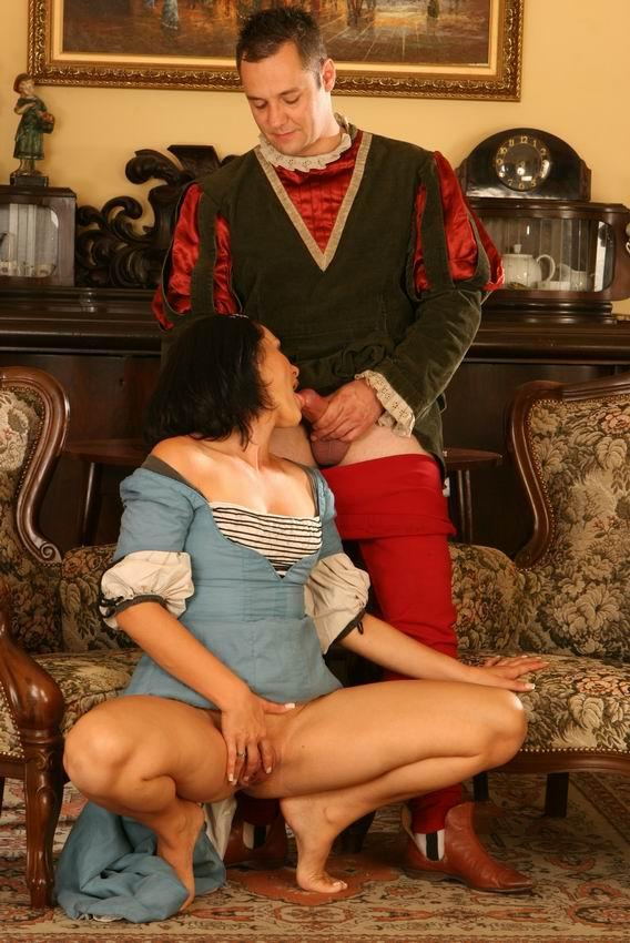 того, порно средневековые дамы ублажают кавалеров фото