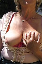 granny-big-boobs101.jpg