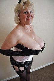granny-big-boobs116.jpg