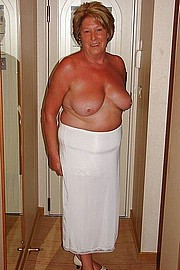 granny-big-boobs159.jpg